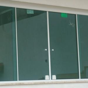 Janela basculante vidro temperado preço